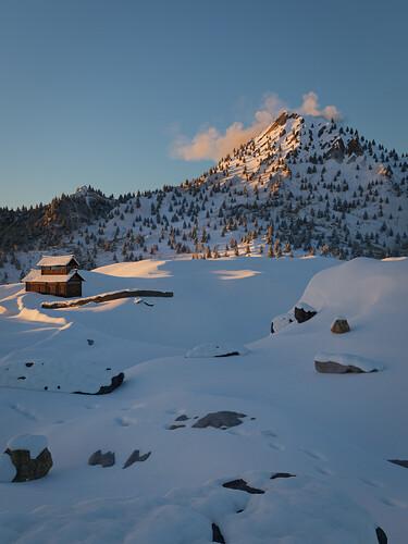 Mountain_Sunny