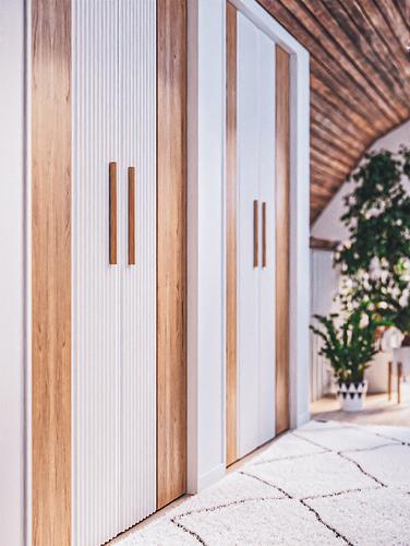 Wardrobe Wood S_Post