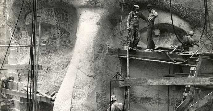 construction-of-mount-rushmore