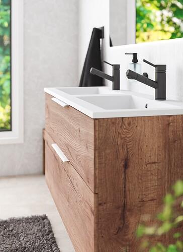 BathroomBIG_Final_Closeup1_v2