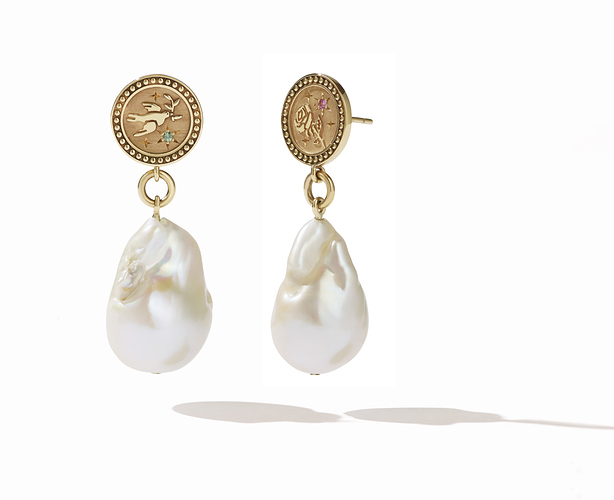 amulet pearl drop earring gs ps whitebg